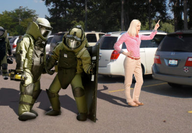 Bomb Squad Tries Defusing Mom Counting to 3