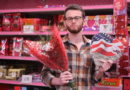 Master of Seduction Buys Grocery Store Roses and Olive Garden Gift Card