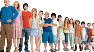 Steve Martin and the cast of Cheaper by the Dozen 2 (2005)